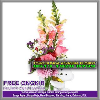 TOKO BUNGA CIBITUNG | Toko Bunga di Cibitung - Toko Bunga Bekasi Kota .Com adalah Toko Bunga Online yang buka 24 Jam NON STOP berlokasi di Bekasi dan Jakarta yang berkembang dan berjalan di dalam bidang Usaha Florist dan juga di bidang Dekorasi. Kapan pun anda butuhkan kami siap membantunya karena kami mempunyai Customer Service yang siap melayani 24 Jam NonStop. Toko Bunga Rangkaian ini atau biasa dikenal dengan Asykura Florist ( Toko Bunga di Bekasi ) didirikan sudah lama dan sampai saat ini kami sudah menjadi kepercayaan untuk perorangan ataupun juga dengan perusahaan. Toko Bunga di Cibitung Bekasi Buka 24 Jam Non Stop Toko Bunga di Cibitung kami menerima pemesanan, pembuatan dan juga pengiriman segala jenis produk Karangan Bunga seperti : Bunga Papan Duka Cita Bunga Papan Ucapan Selamat Bunga Krans Duka Cita Bunga Mawar Bunga Meja Standing Flower Bunga Valentine Bunga Hand Bouquet Toko Bunga di Cibitung juga memberikan pelayanan khusus kepada semua mitra kami untuk acara – acara penting seperti Dekorasi Bunga untuk Pernikahan, Bunga Ucapan Wedding, Bunga Congratulation atau biasa disebut dengan Bunda Ucapan Selamat, Bunga Perayaan Hari raya Besar Agama, dan juga Bunga Valentine, ataupun acara – acara special lainnya. Toko Bunga di Cibitung Melayani dengan Sepenuh Hati Toko Bunga di Cibitung selalu siap siaga selama 24 Jam penuh untuk menerima, membuat dan juga mengirimkan pesanan karangan bunga untuk anda maupun juga untuk rekan – rekan anda. Jual Karangan Bunga Di Karawang Murah Online di Jakarta berlokasi di sebuah daerah yang sudah terkenalnya akan tempatnya Bunga yaitu di Rawabelong Jakarta Barat. Dan untuk di daerah Bekasi kami berlokasikan di daerah Kalimalang. Walaupun kami berlokasi di Jakarta dan Bekasi namun kami juga bisa siap melayani anda untuk melakukan pengiriman bunga rangkaian anda ke daerah lainnya seperti Tangerang, Bogor, Cikarang, Karawang, Depok dan sekitarnya. Karena kami juga sudah bermitra untuk kota – kota lainnya selain Jakarta dan Bek