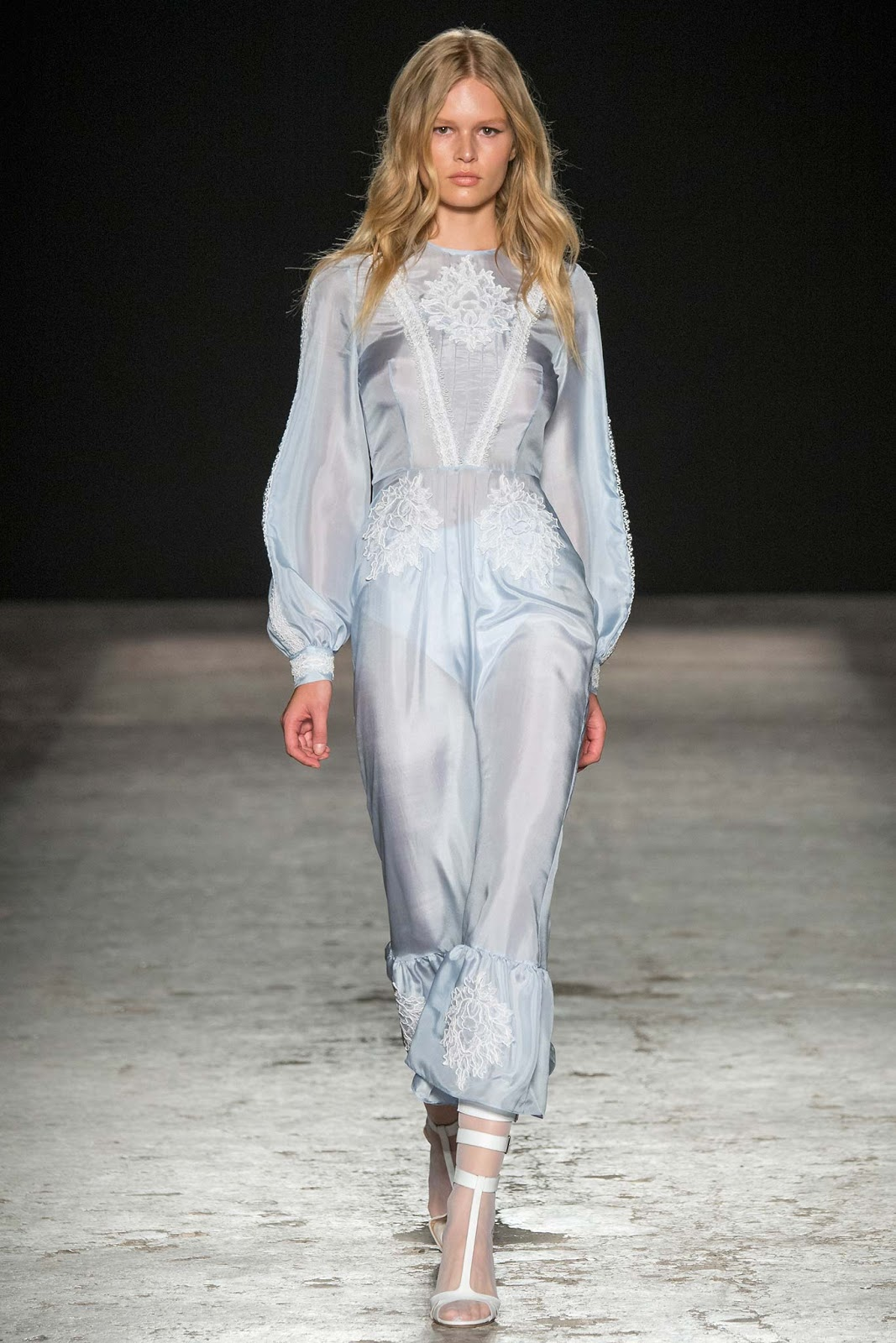 Francesco Scognamiglio: the Fashion Show S / S 2015 at the Milan Fashion Week