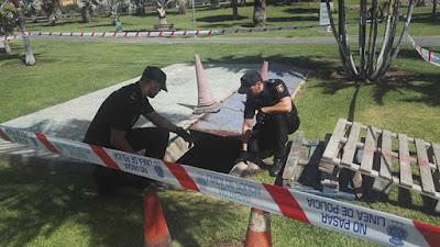 Rescatada una mujer y su bebé al caer a un túnel, Maspalomas por Policía Nacional