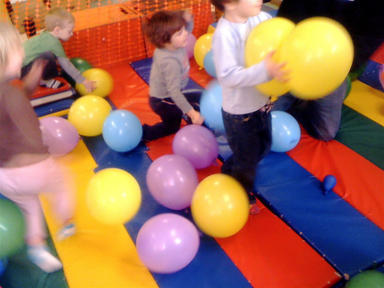 Sit Pop Balloon: Teacher Tom: An Empowering Experience