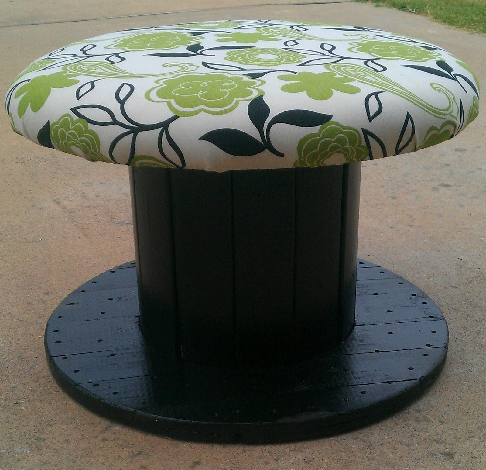 Moonruffle Giant Wooden Spool Chair