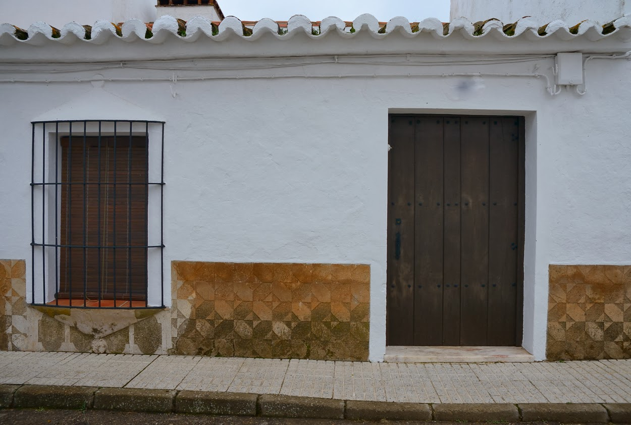 Alor Zocalos Resena De Una Fachada - Zocalos-de-fachadas