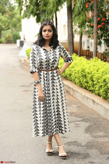 Swathi Reddy Looks super cute at London Babulu theatrical trailer launch ~  Exclusive 069.JPG