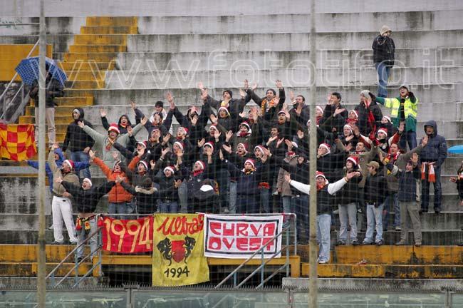 Buon Natale Ultras.Ultras Ravenna 1994 Auguri Di Buon Natale