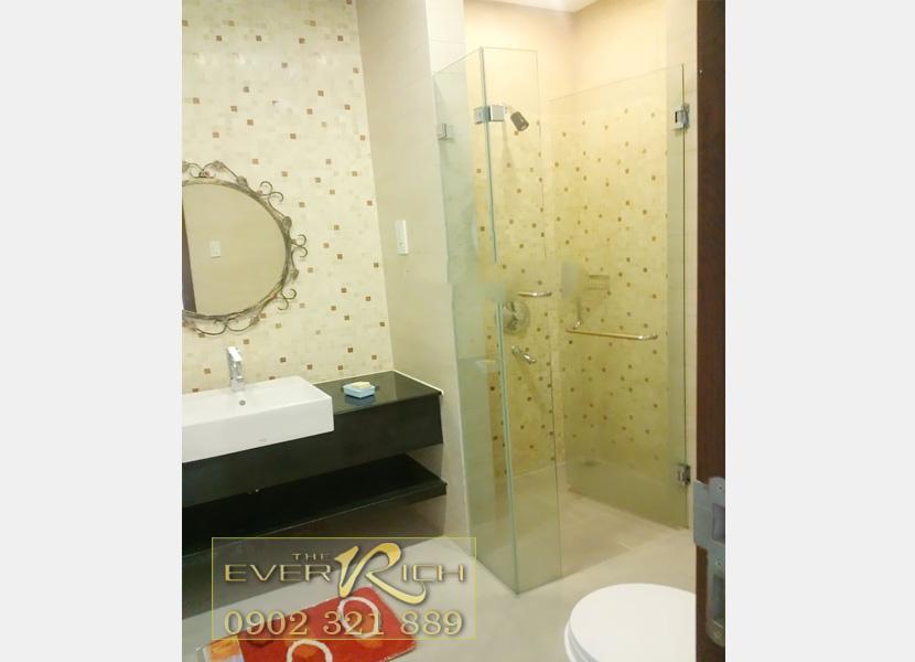 bán căn hộ everich 1 quận 11 - phòng tắm