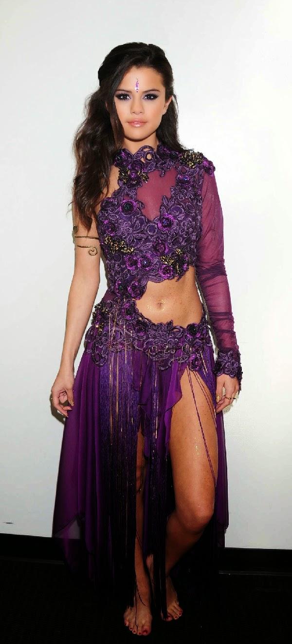 Selena Gomez Bra Size ... Taylor Lautner Ethnicity