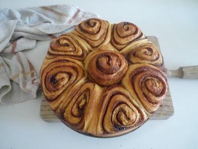 Cinnamon rolls esponjosos