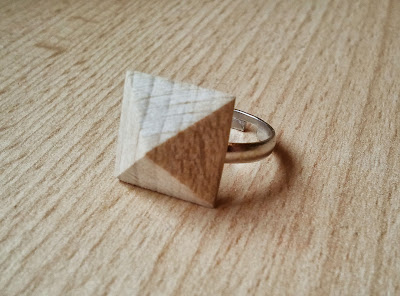 ACCESSOIRE: WOODEN-STUD-RING