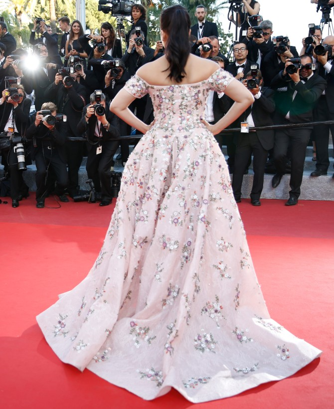Aishwaraya Rai Bachchan with purple lips at 'From The Land of The Moon' Photocall at 69th Cannes Film Festival