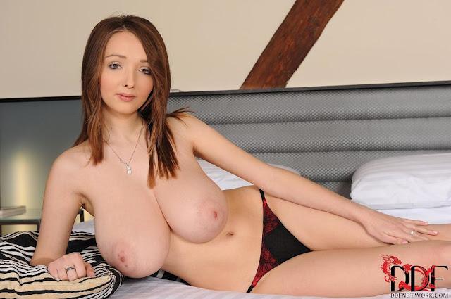 atriz pornô mais linda