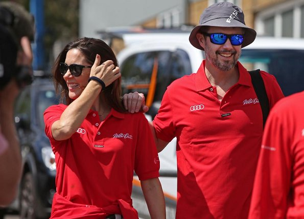 Crown Princess Mary and Crown Prince Frederik with their children are having their Christmas holiday in Australia