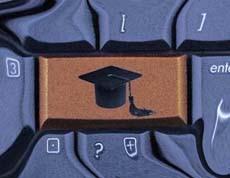 Teclado con gorro de graduado
