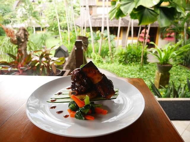 Main Course di The Lumbung Restaurant
