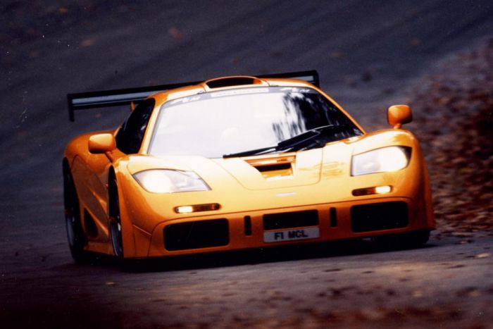 McLaren F1 (241 mph)