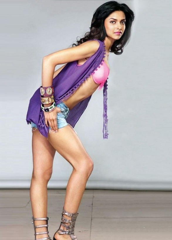 Sexy Bollywood Actress Deepika Padukone Born On 5th January 1986 She Is An Indian Actress And A Former Model Deepika Padukone Made Her Acting Debut In The