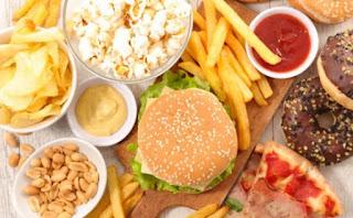 Makanan Berkalori Lebih Rendah Dipilih Orang yang Memesan Lebih Lama