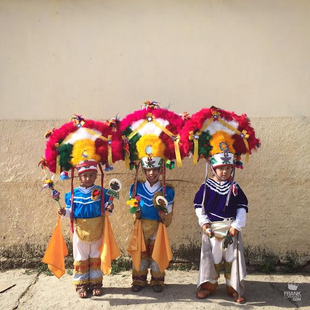 Niños danzantes de la pluma Oaxaca