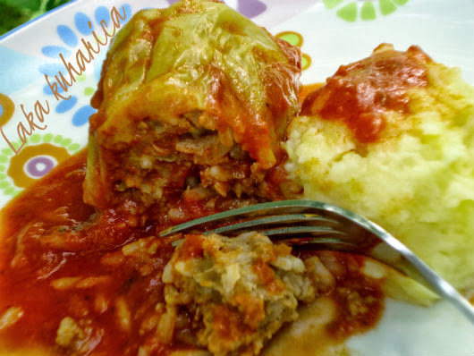 Croatian stuffed peppers by Laka kuharica: traditional dish that is mostly eaten in summer and fall.