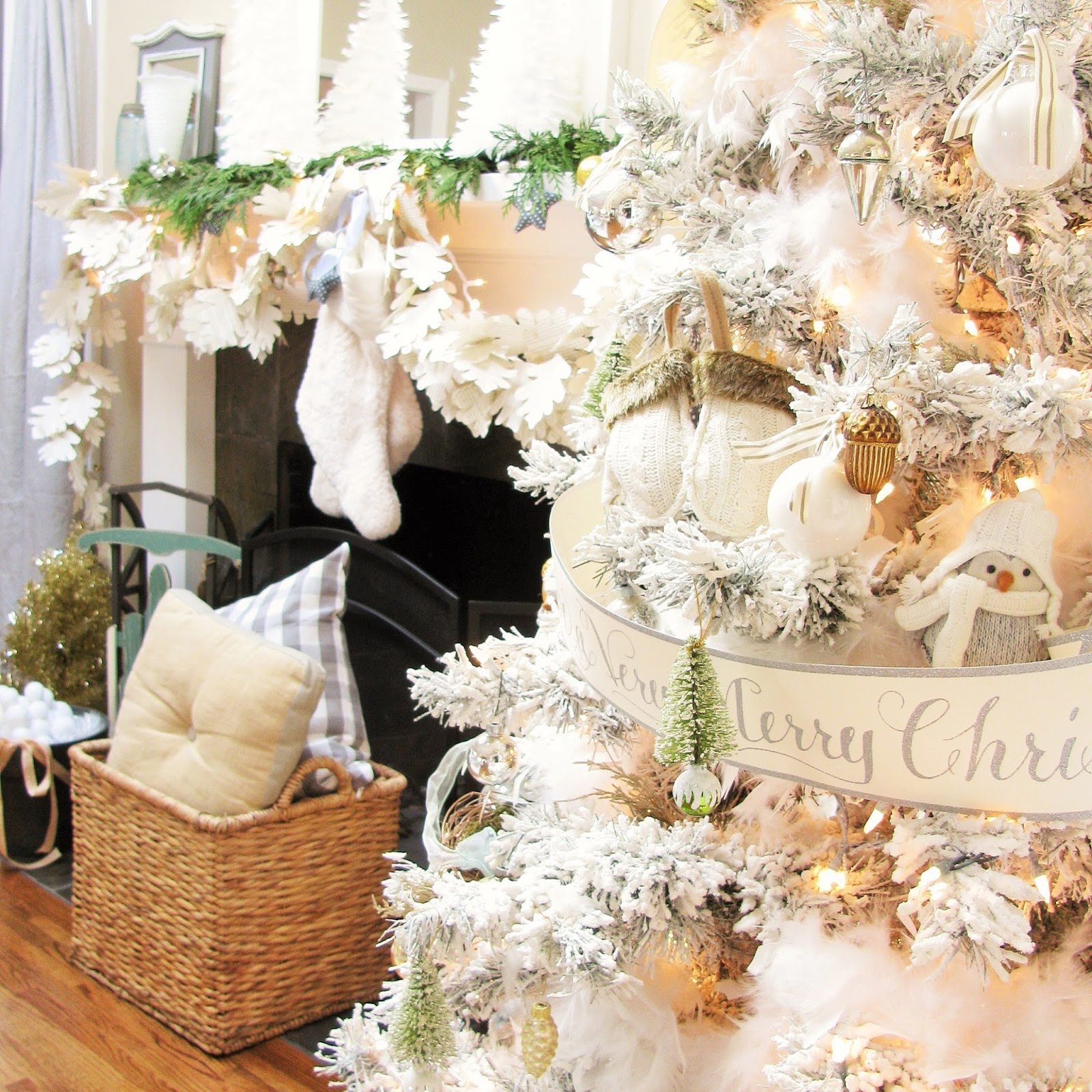Christmas Decorations: A Holiday Home Tour