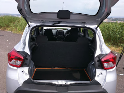 Renault Kwid 1.0 MT boot space