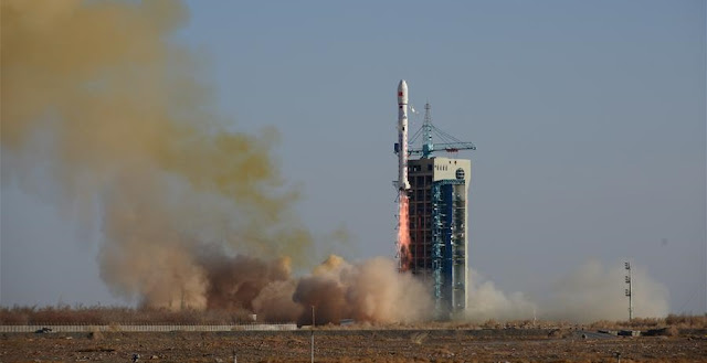 Long March 2D launch on December 29, 2018. Credit: Xinhua/Hao Wei