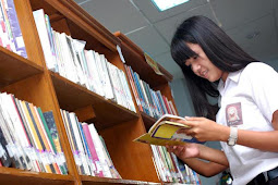 Esai : Peran Sastra dalam Menyikapi Kehidupan Pelajar