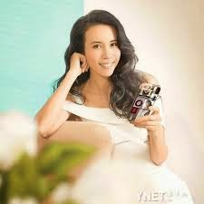 Karen Mok 莫文蔚 Chinese Mandarin Lyrics Dang Ni Lao Liao 当你老了