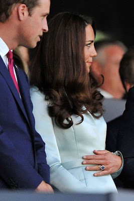 kate middleton pregnant december 2012