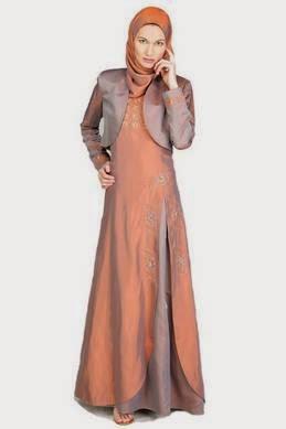 Model gaun pesta muslim brokat dengan kombinasi cardigan