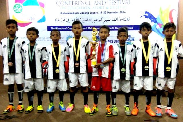 Buah Kerja Keras, Futsal MI Muhammadiyah 1 Watukebo Runner-Up ME Confest