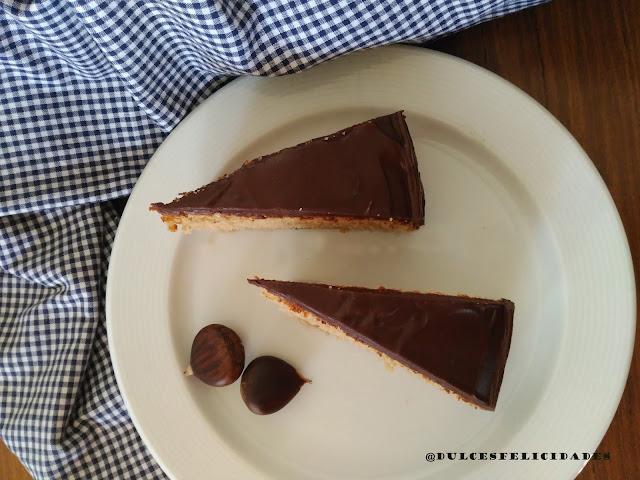 Bizcocho de castañas cubierto de chocolate (juego de blogueros 2.0)