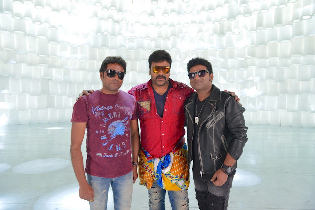 Khaidi No 150 Movie Latest Working Stills
