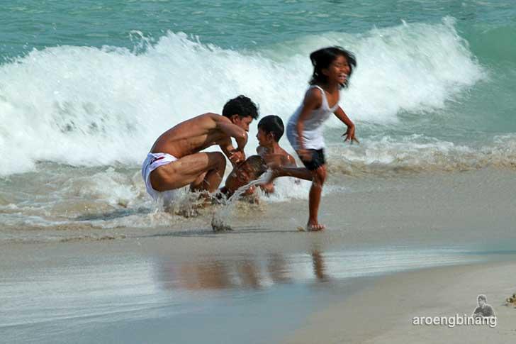pantai tanjung pesona bangka