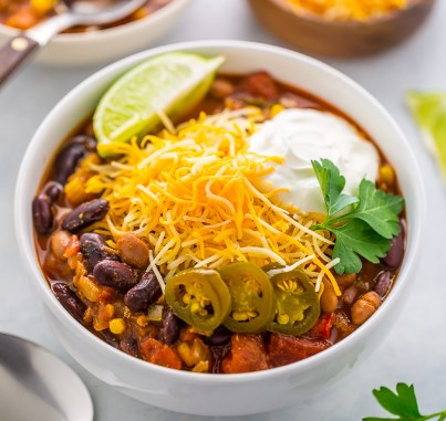 COMFORTING SLOW COOKER TURKEY CHILI