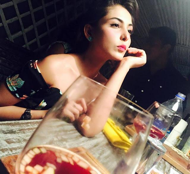 madhu shalini latest photos in 2016