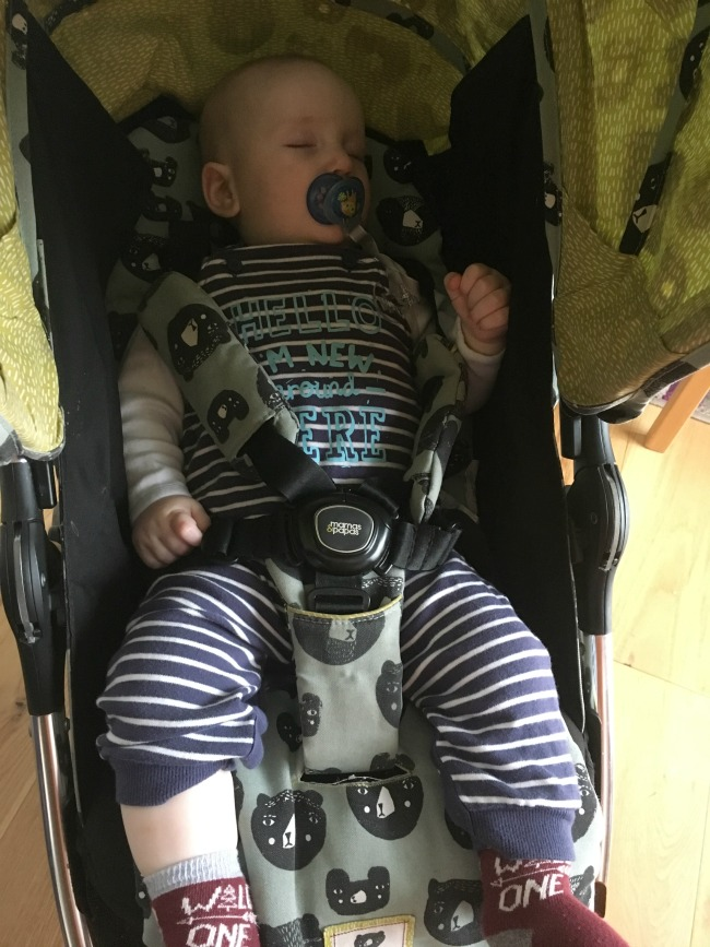 baby-asleep-in-pram