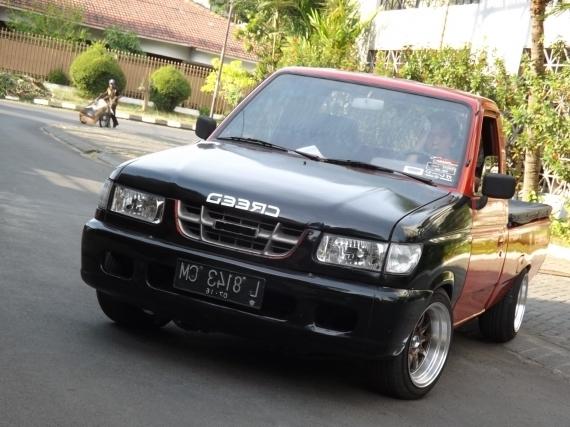 Gambar Modifikasi Mobil Isuzu Panther Keren  PANTHER NGANJUK
