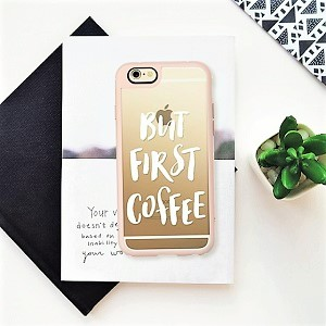 http://www.krisztinawilliams.com/2016/05/editors-picks-essentials-for-social-gal.html