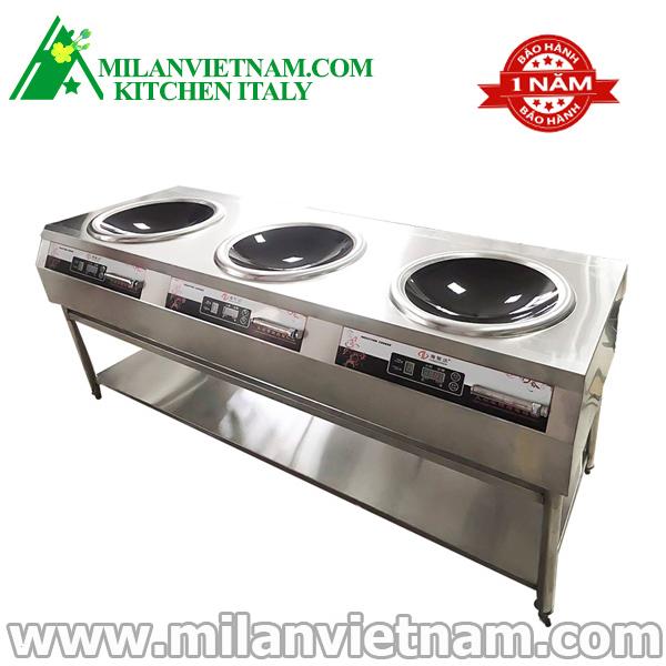 Bếp từ công nghiệp 8kW với 3 mặt nấu