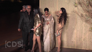 Jhavni Kapoor with her Sister Khushi Kapoor and Mom Sri Devi at Manish Malra Party