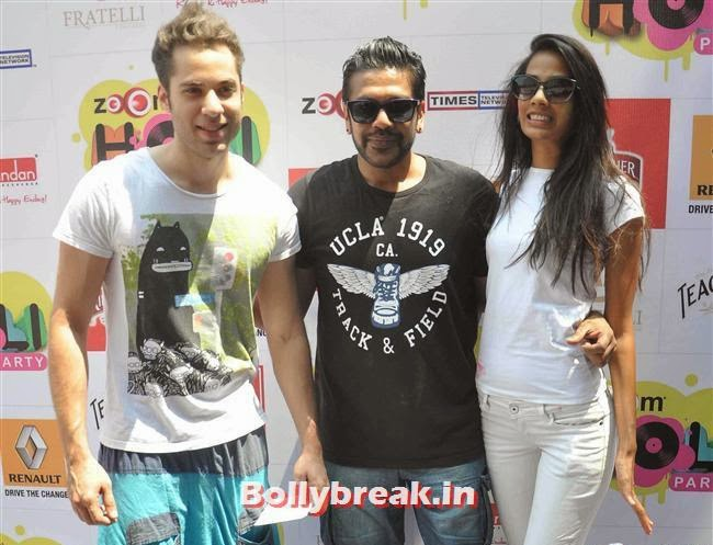 , Sunny, Tanisha, Poonam & Kainaat at Zoom Holi Party 2014