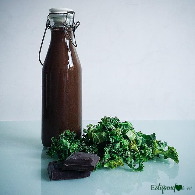 batido-de-kale-y-cacao