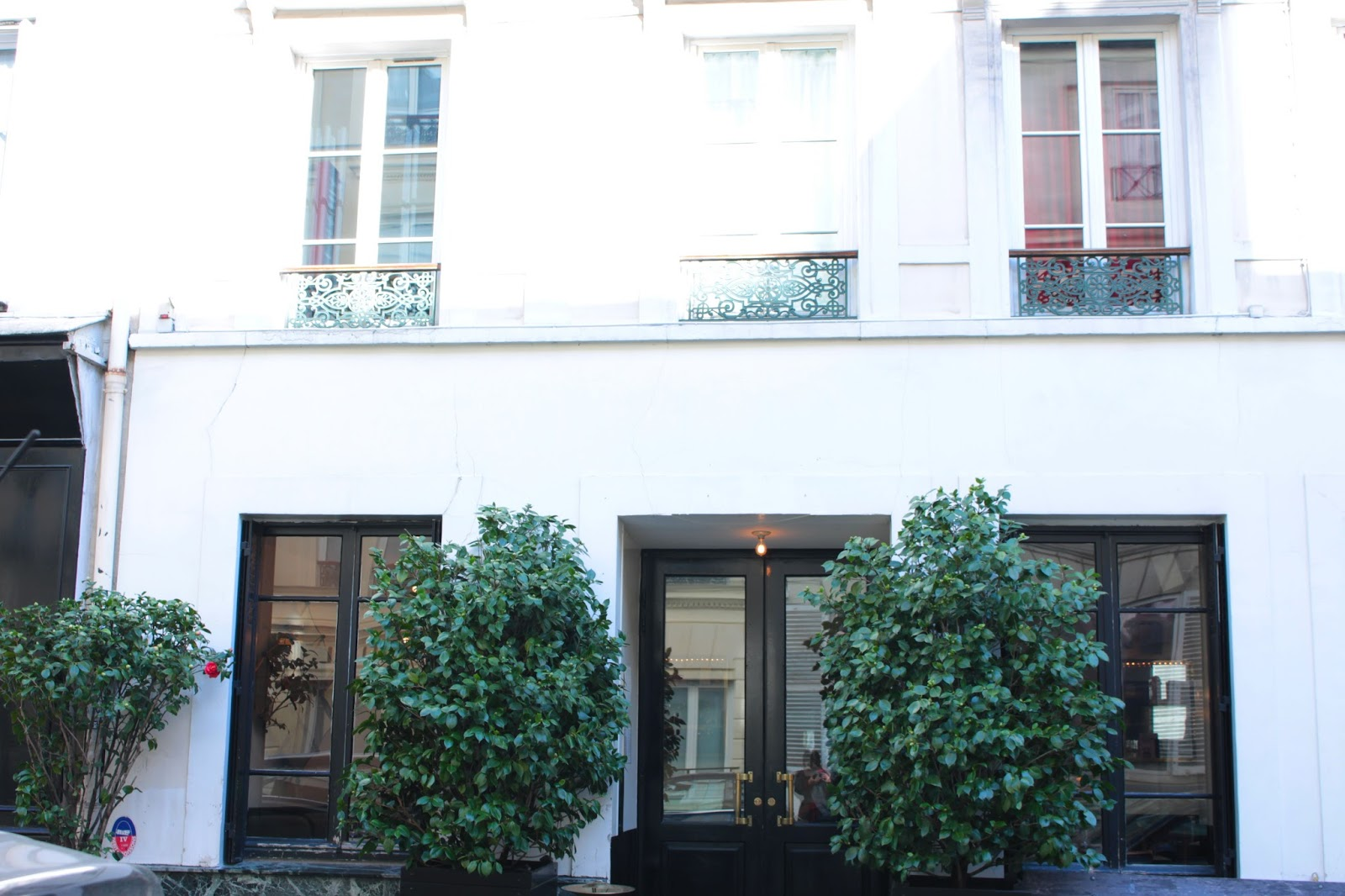 Hôtel-Amour-Restaurant-Paris