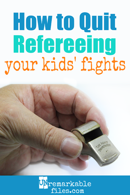 I can't believe I didn't think of this brilliant parenting idea earlier! Is it driving you crazy being the referee when your kids fight? Straight from a mom of 6, here are some simple parenting strategies to stop sibling fighting and teach children to work it out! #siblingfighting #parentingtips
