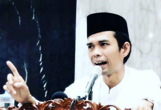 Mengapa Pimpinan KPK Berupaya Cegah Kehadiran Ustaz Abdul Somad?