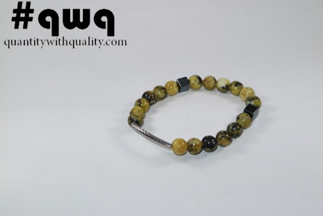 Titanium Collection with Yellow Howlite and Square Blustin