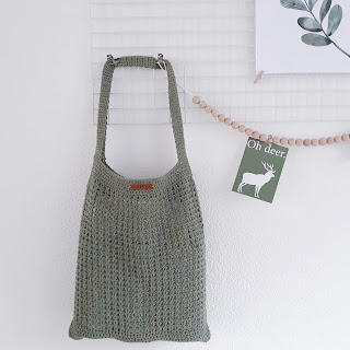 https://treasurycreations.blogspot.com/2018/03/raw-linen-shopper-patroon.html