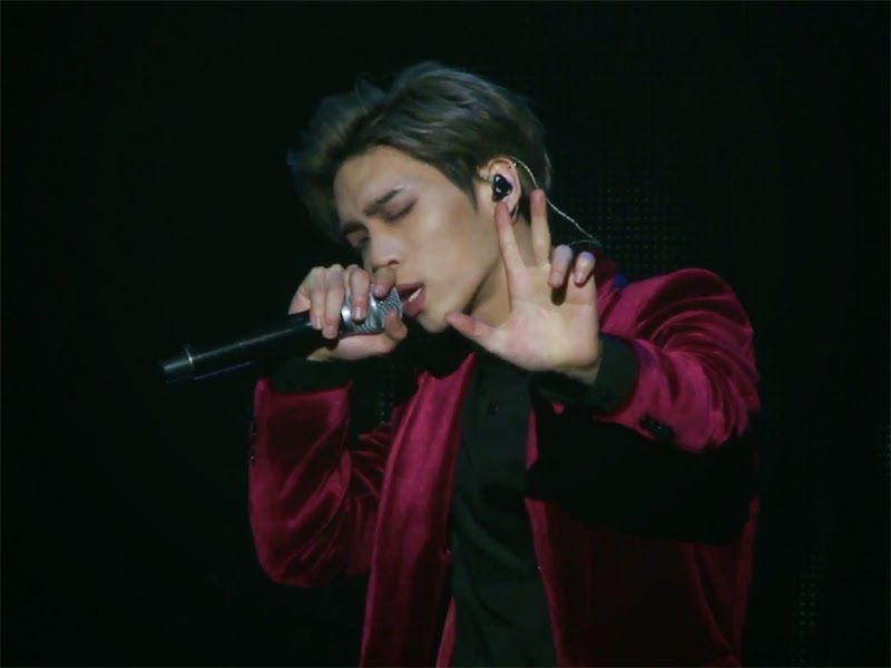 Review: Jonghyun - Base