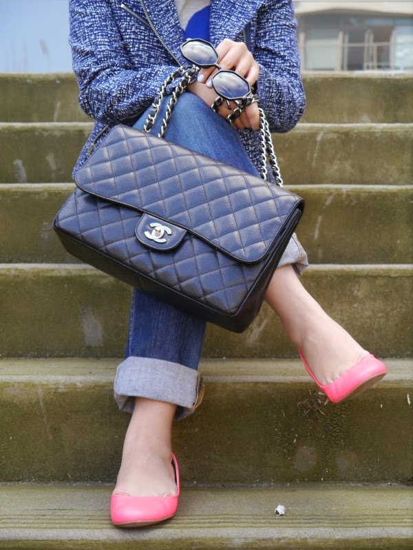 Chanel 2.55 with a casual look and neon pink flats