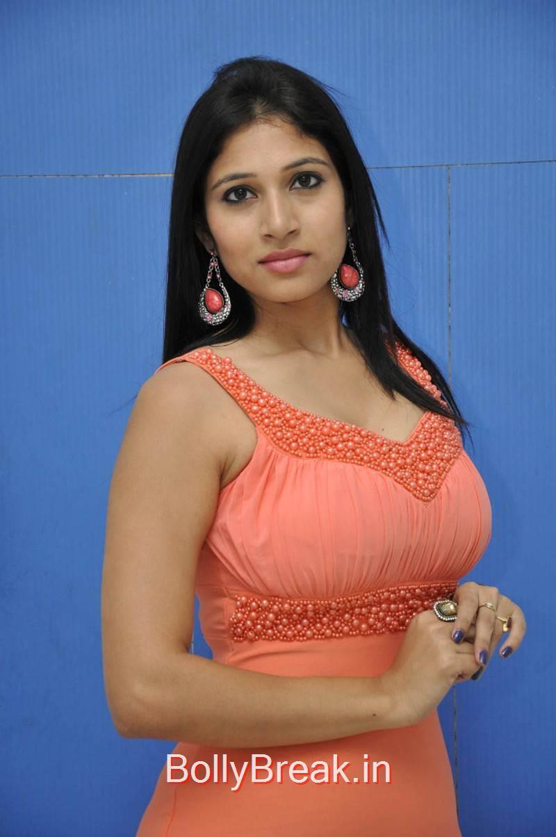 Vanditha images, Actress Vanditha Hot HD Images from Geethopadesam Audio Launch